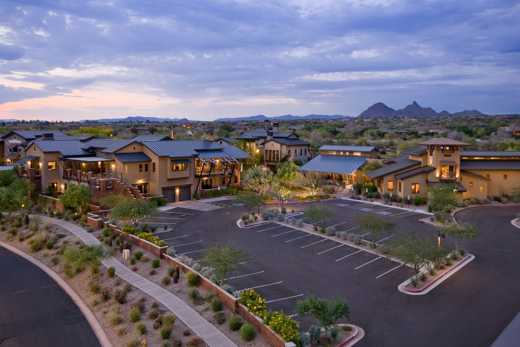 Mixed Use Architecture | Phoenix Arizona | Dale Gardon Design